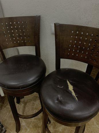 продаються барные стулья