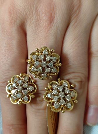 Золотой комплект с бриллиантами  Италия 750 проба жёлтая золото