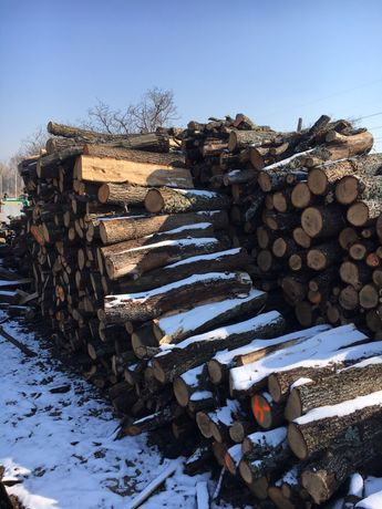 Дърва за огрев 90 лв реален кубик