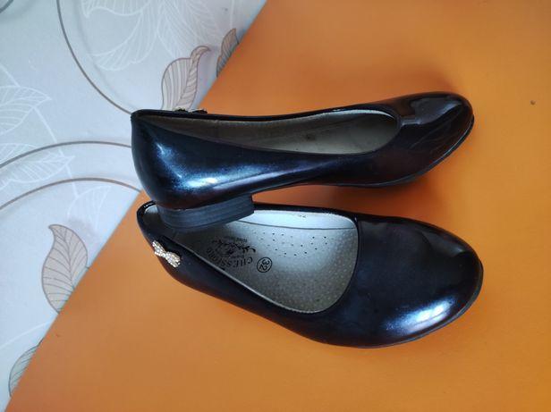 Школьная обувь для девочки