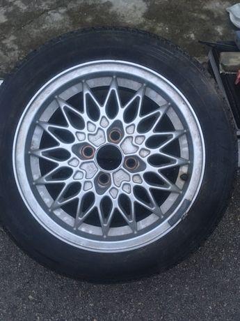 Алуминиева джанта с гума, перфектно състояние, 15 цола