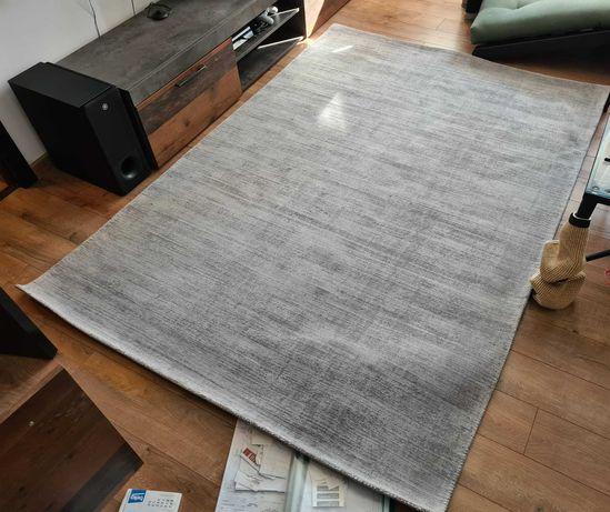 Covor gri 230 x 160 Mobexpert, material deosebit TENCEL