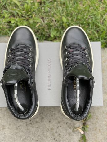 Filling Pieces Leather
