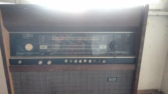 Ретро антика радиограмофон Rigonda 102