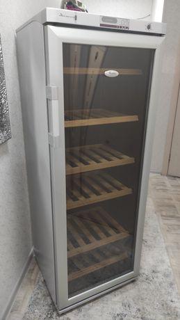 Винный шкаф Whirlpool