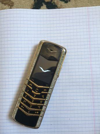 Vertu Original Gold