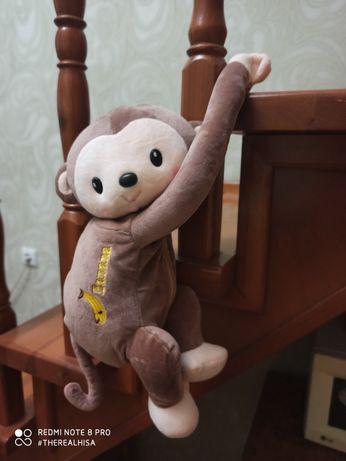 Мягкие игрушки, обезьяны,мишки