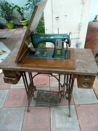 Швейная машинка Бабочка