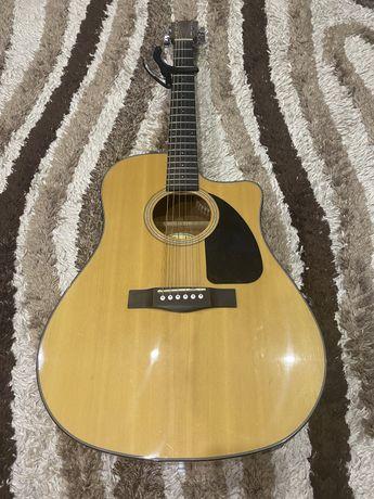 Продам электроакустическую гитару