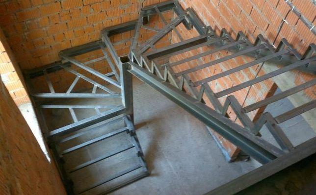 Лестницы на металлическом каркасе, изготовление любого дизайна