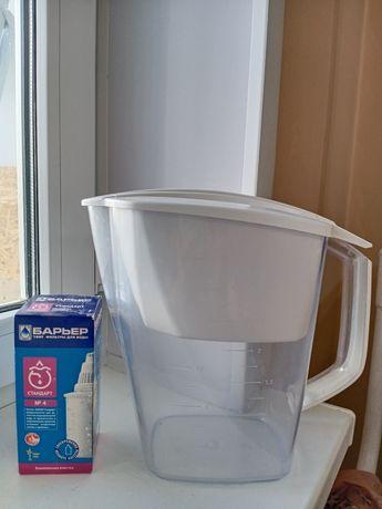 """Продам/обменяю фильтр-кувшин """"Барьер"""" для очистки воды, 3,6 л., б/у."""