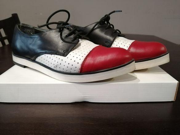 Дамски спортно елегантни обувки