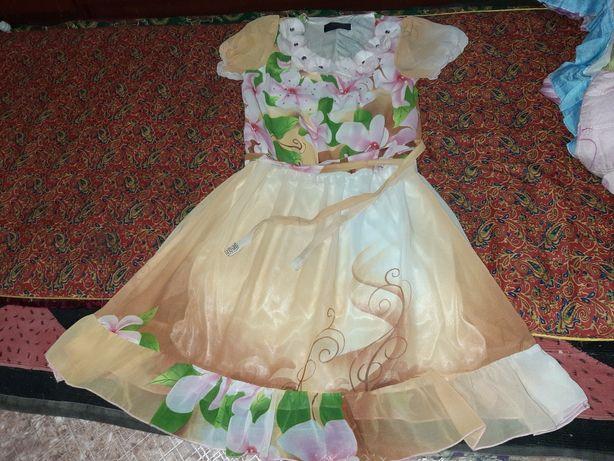 Срочно продам платье за 500т