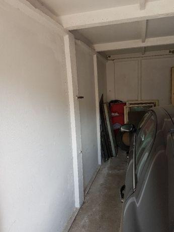 Vand garaj din plăci beton demontabile