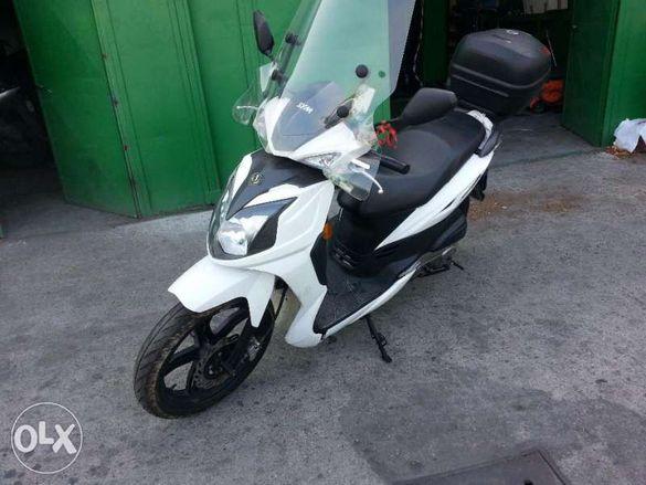 Мотоциклет,скутер Сим-фони Ср( Sym-phony SR)-50 RR --125-на части