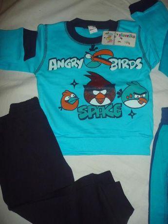 Нов комплект с анцуг на Angly Birds