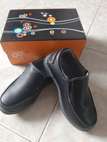 Децки официални обувки