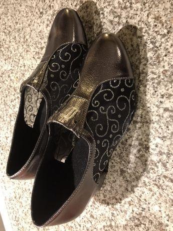 Детски обувки за латино танци