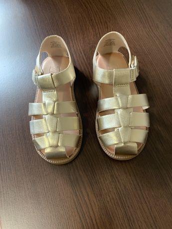 Детски сандали Зара
