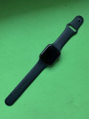 "Apple Watch 4, 44"" Black"