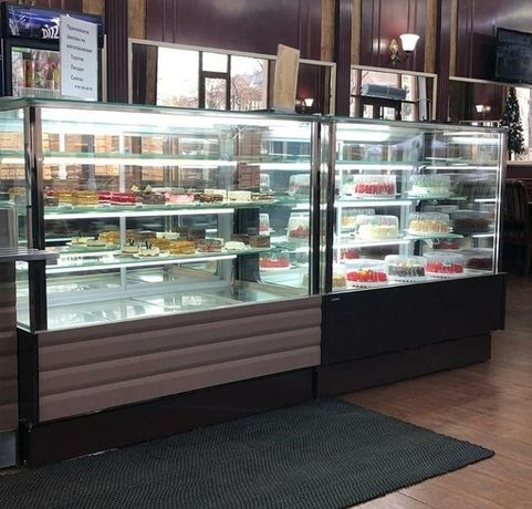 Витрины кондитерские выпечка кулинария холодильные