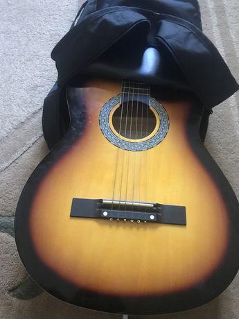 Гитара акустически