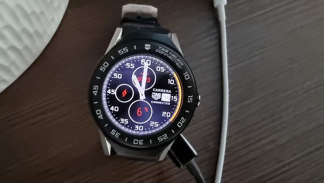 Vand Tag Heuer Connected