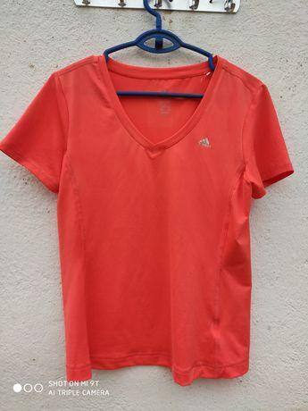 Adidas дамска оригинална тениска М размер