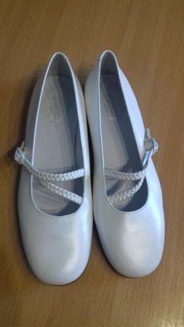 Pantofi piele domnisoare/adolescente marimea 37 si 39