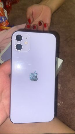 Продам айфон 11, 64 гб в идеальном состоянии