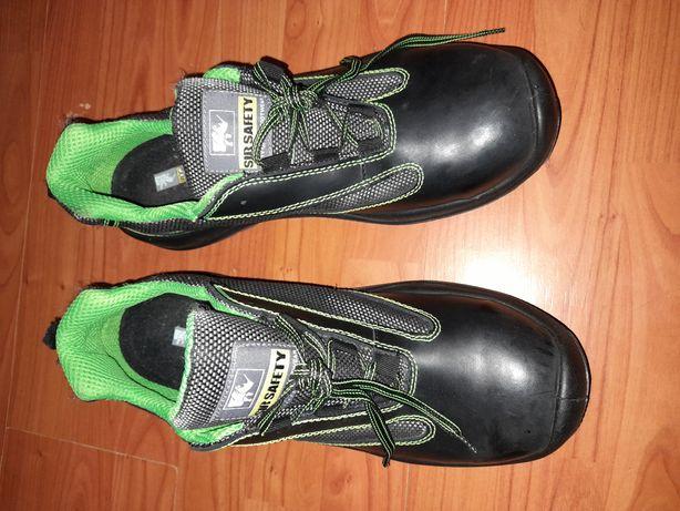 Papuci de lucru cu bont marimea 48