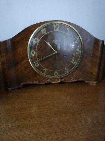 Ceas șemineu de lemn