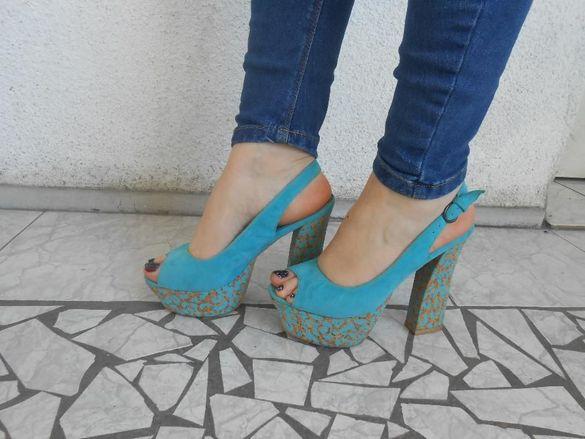 Цветни Обувки и сандали 37-ми