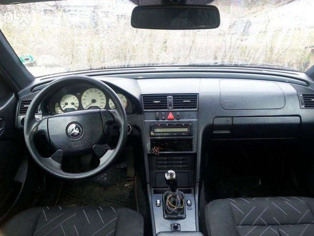 Dezmembrez Mercedes W202 C250TD
