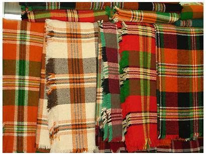 Продавам нови и употребявани родопски одеяла.