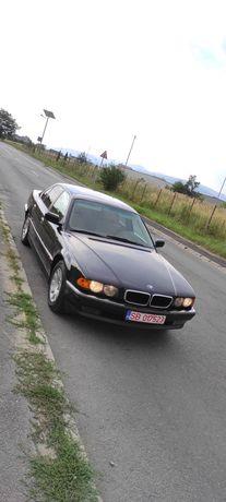BMW 728 E38 benzina