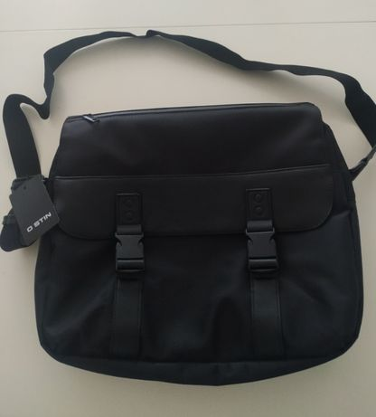 Мъжка чанта,нова