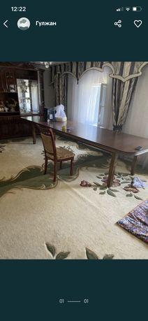 Продам овальный стол хорошем состояние