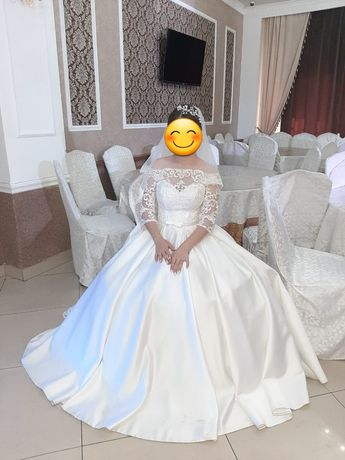 Продам свадебную платье