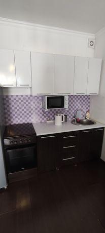 Кухонный гарнитур венге-белый