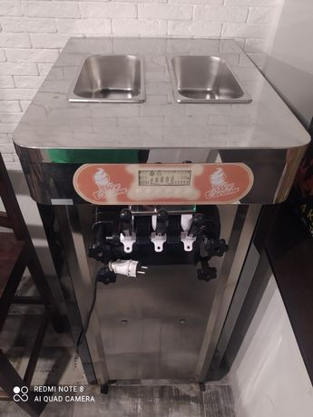 Аппарат мороженого фризер