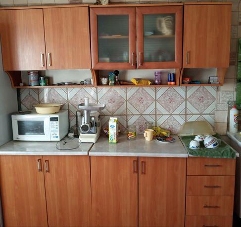 Продам кухонный гарнитур за 40 тысяч