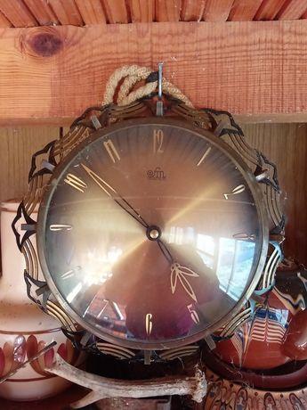 Стенен часовник МОДЕЛ Sonneberg SM