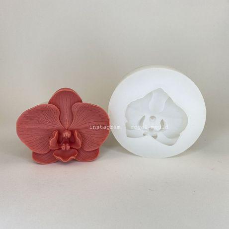 Широкий ассортимент силиконовых форм для изгот-ления шоколадных цветов