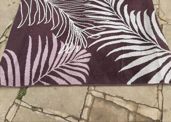 170см./120см. Стилен Белгийски килим с красиви шарки. 017