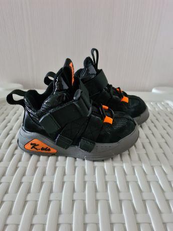 Обувь для мальчика 20-23р
