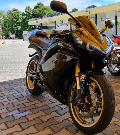 Vând Yamaha r1 an 2008