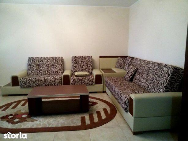 Inchiriere apartament 3 camere lux in Ploiesti zona Ultracentrala