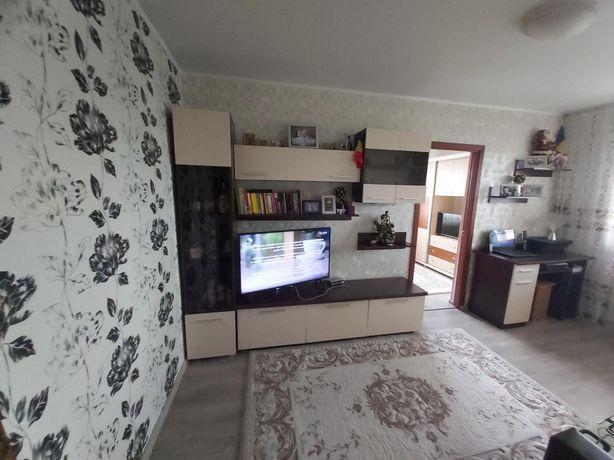 Vând apartament 2 camere sau schimb cu 3 camere