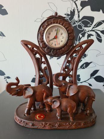 Настольные часы для дома